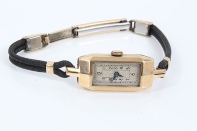 Lot 35 - Ladies' Art Deco 9ct gold cased wristwatch in Mappin & Webb box