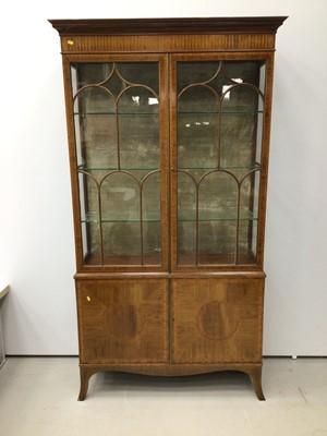 Lot 931 - Good quality Edwardian inlaid mahogany display cabinet