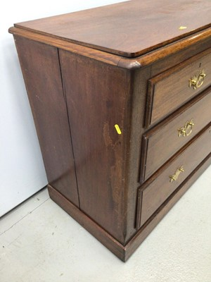 Lot 16 - Antique mahogany chest of two short and two long graduated drawers