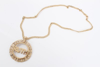 Lot 3 - 9ct gold 'Ruth' pendant on 9ct gold curb link chain