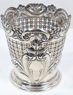 Lot 17 - Victorian pierced silver vase