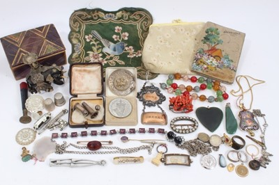 Lot 29 - Group vintage costume jewellery and bijouterie