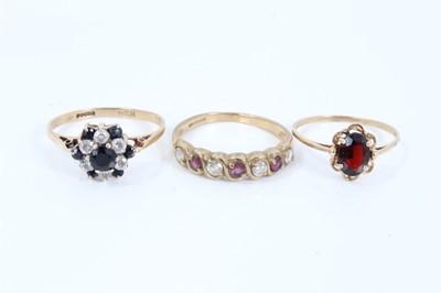 Lot 60 - Three 9ct gold gem set rings