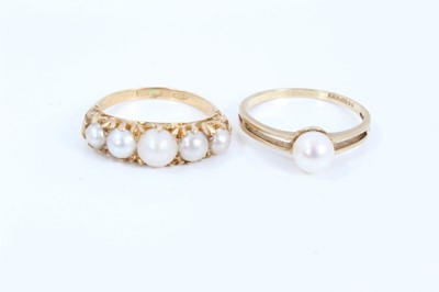 Lot 61 - Edwardian style five cultured pearl ring in carved gold claw setting and 9ct gold single cultured pearl ring