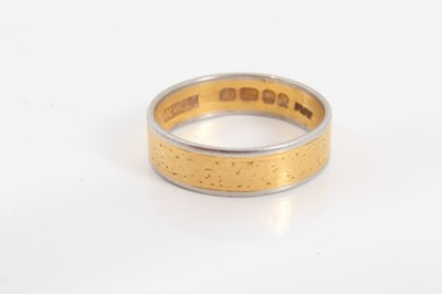 Lot 69 - 22ct gold and platinum wedding ring, London 1958, size N½