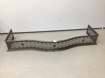 Lot 76 - Victorian steel serpentine fronted fender 138cm wide