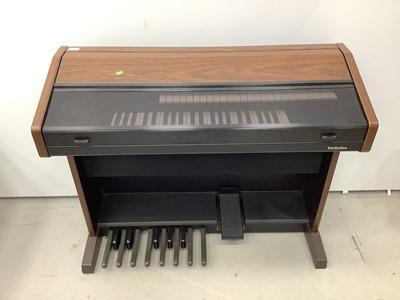 Lot 127 - Technics PCM Sound EX15 electric organ/keyboard with stool