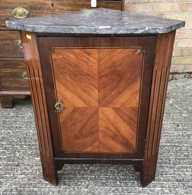 Lot 913 - 19th century Continental rosewood and kingwood corner cupboard, with marble top (broken), inlaid panels and block feet