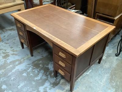 Lot 936 - Mid century oak twin pedestal desk with oak top and six drawers