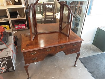 Lot 898 - 1930s walnut kneehole dressing table with four drawers on cabriole legs and a similar triptych dressing table mirror