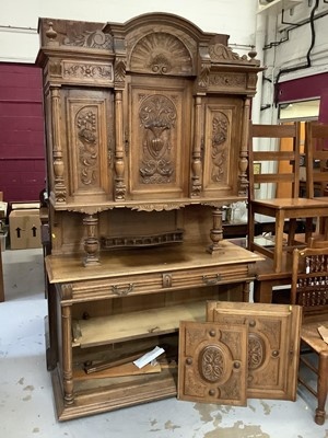 Lot 858 - Early 20th century Continental Carved oak dresser