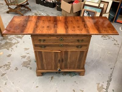 Lot 913 - Georgian style yew wood veneered cupboard