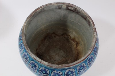 Lot 42 - Five pieces of Indian Multan pottery