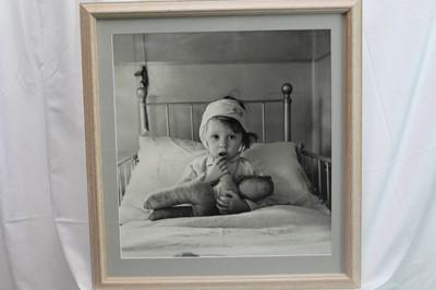 Lot 1850 - Sir Cecil Beaton (1904-1980) modern silver gelatin print - Eileen Dunne in the hospital for sick children, 1940, in glazed gilt frame