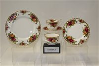 Lot 1022 - Royal Albert Old Country Roses tea and dinner...