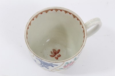 Lot 78 - Worcester coffee cup, circa 1770, painted with a variant of the Queen's pattern, 6.25cm high