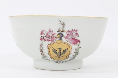 Lot 83 - Chinese famille rose armorial bowl, Qianlong period, the motto 'Ora et labora' below the armorial, 11cm diameter
